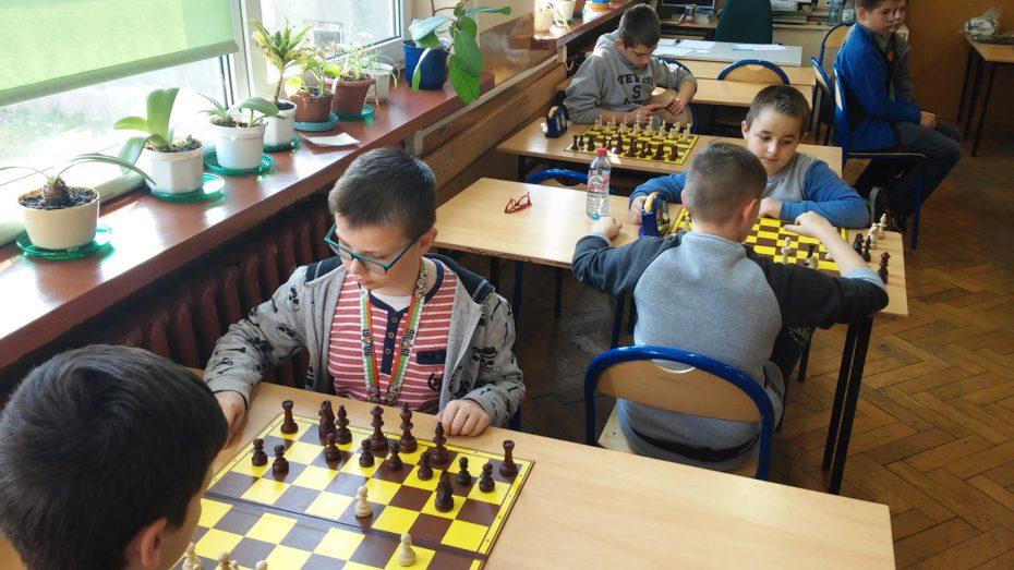 szachy 7