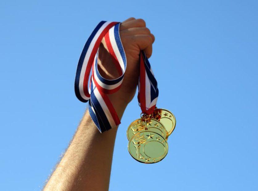 4420198 medal 900 667